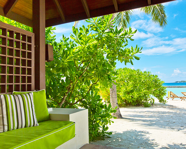 Kurumba Maldives Beachfront Deluxe Bungalow