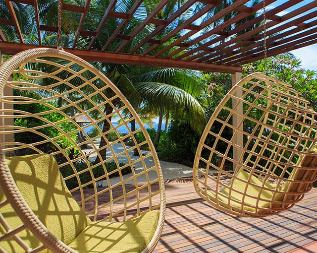 Presidential Pool Villa Deck Chairs