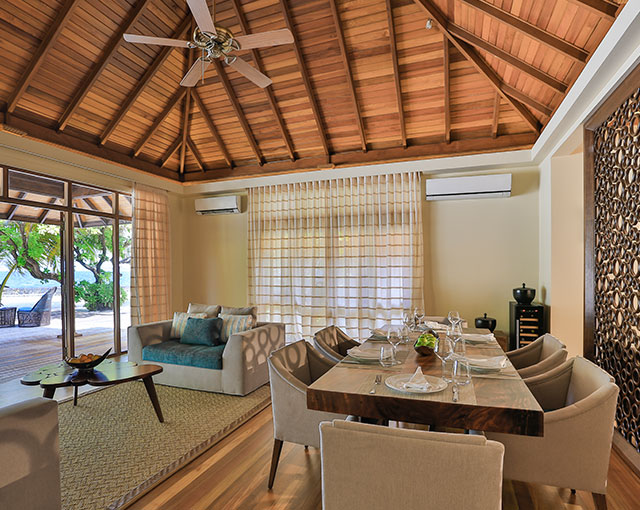 Royal Residence Dining Lounge