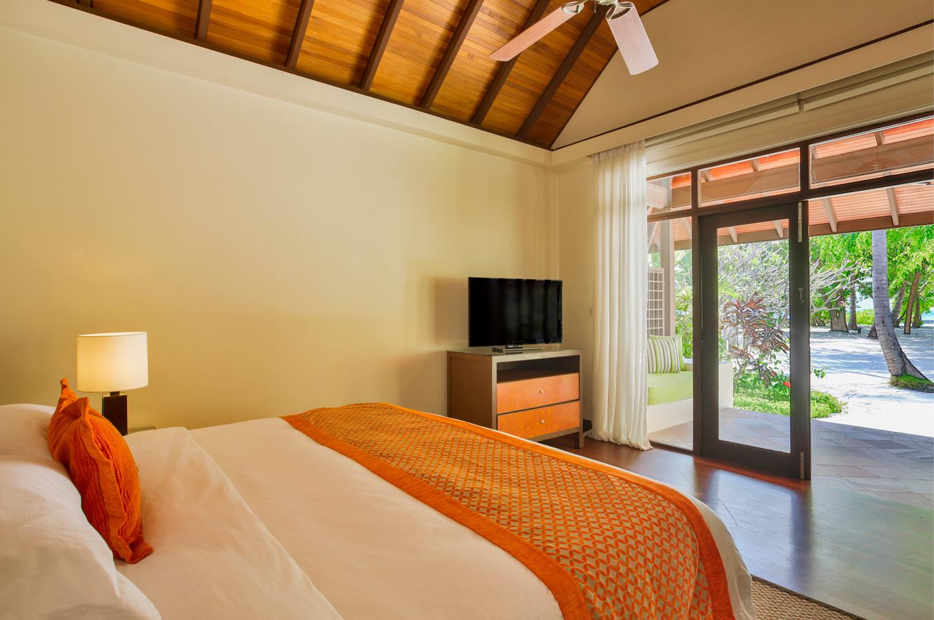 Bungalows malediven kurumba malediven resort deluxe for Gartenpool discounter