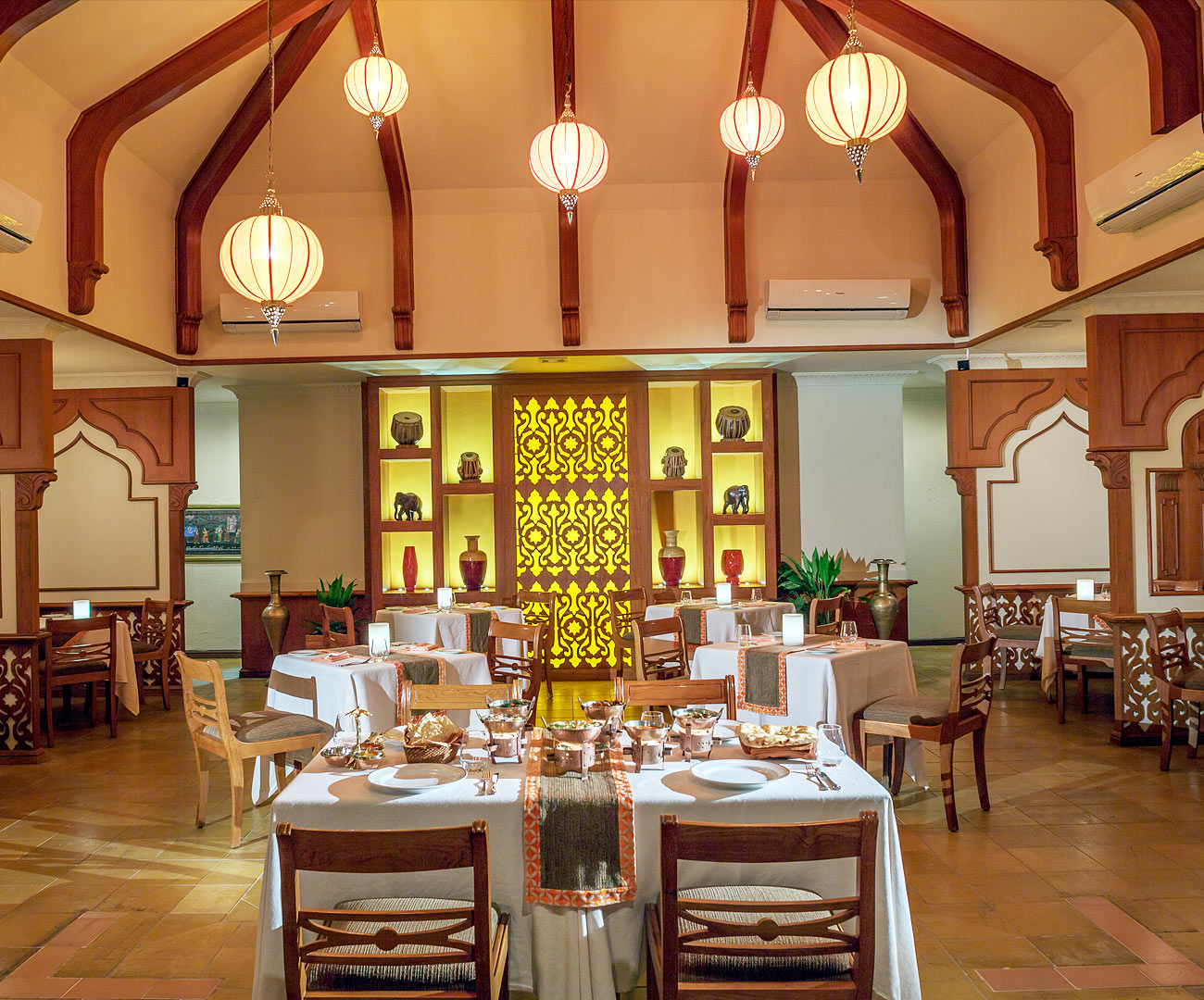 Mahal Indian Restaurant Image | Kurumba Maldives