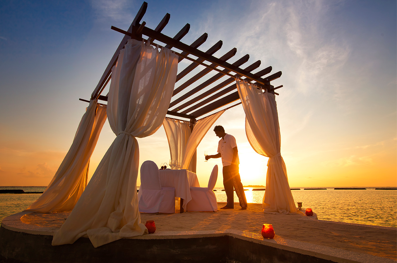 Romantic Beach Dining | Sound of the Sea  Image |Kurumba Maldives