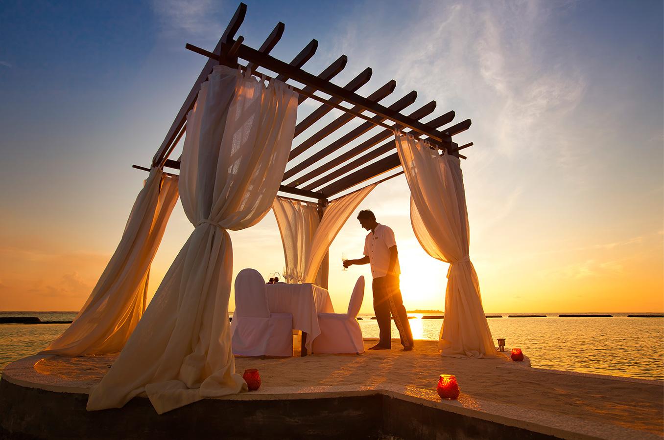 Romantic Beach Dining | Sound of the Sea  Image |Kurumba Maldives