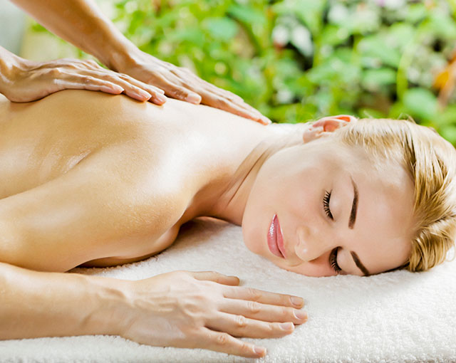 Kurumba Maldives Spa Massage Image | Maldives Resorts