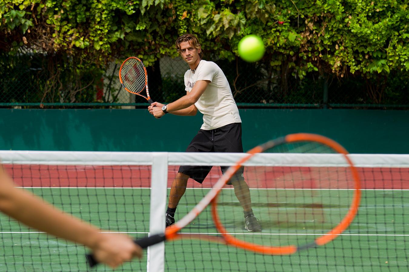 Kurumba Maldives Tennis Lessons | Maldives Resorts