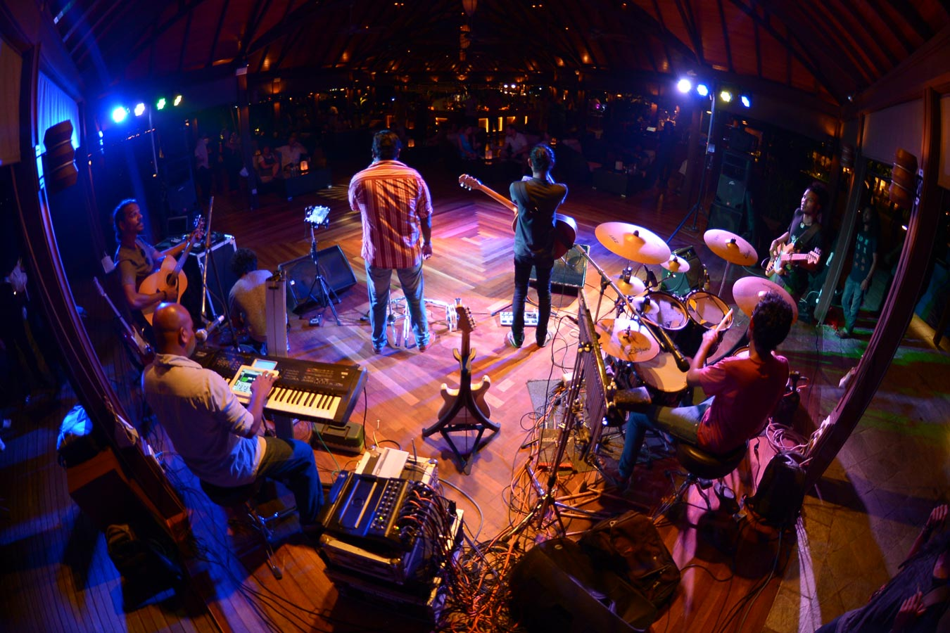 Maldives festivals celebrations at kurumba maldives resort for Music entertainment