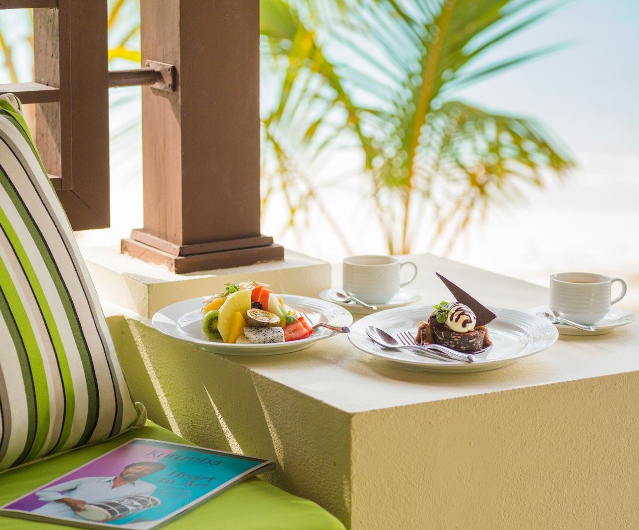 Room Service Image - Kurumba Maldives
