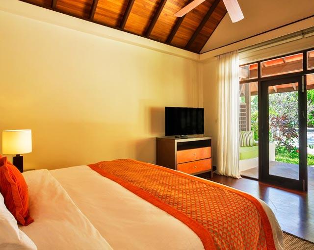 Kurumba Maldives Resort Deluxe Bungalow