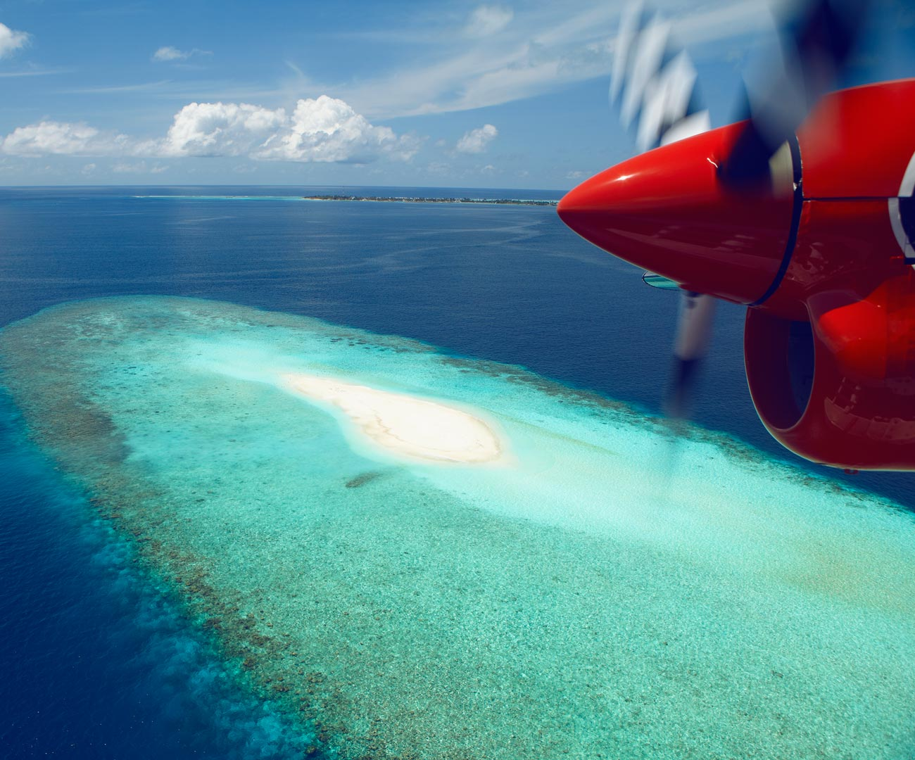 Maldives Island Excursions | Seaplane Photo Flight Image | Kurumba Maldives