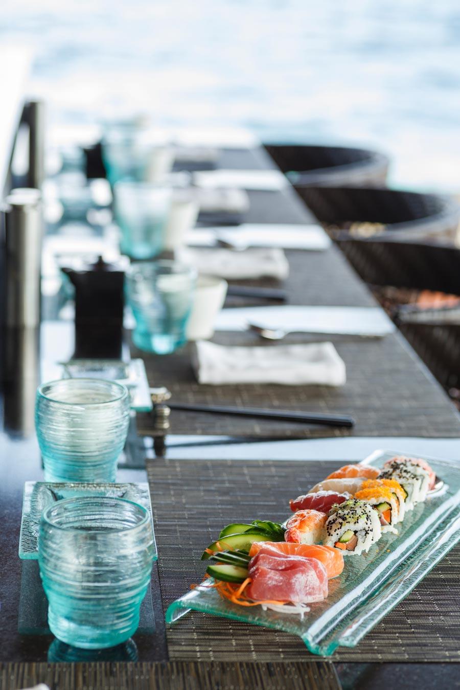 كورومبا المالديف -صورالمطعم الياباني -منتجع جزر المالديف