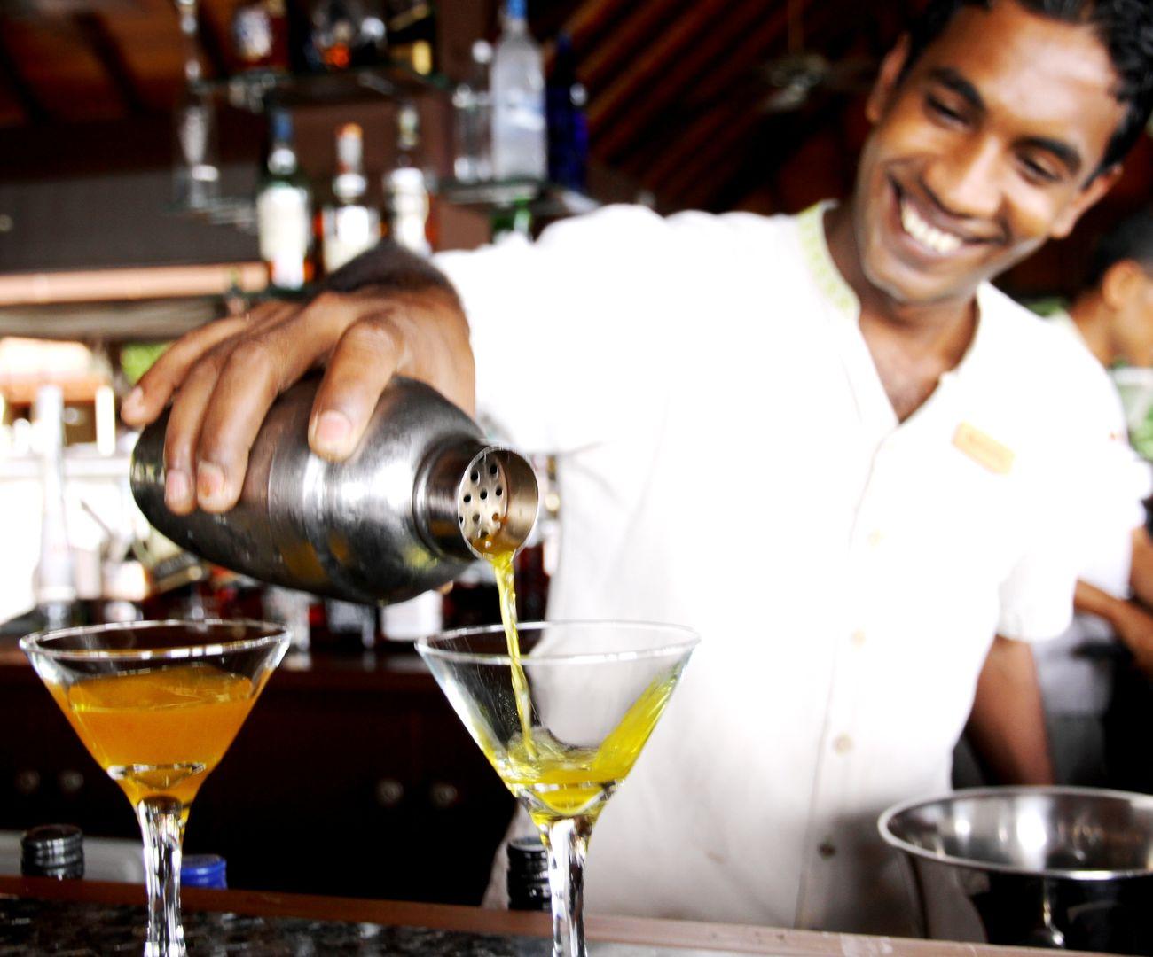 Kurumba Maldives - Cocktail Master Class - Maldives Resorts