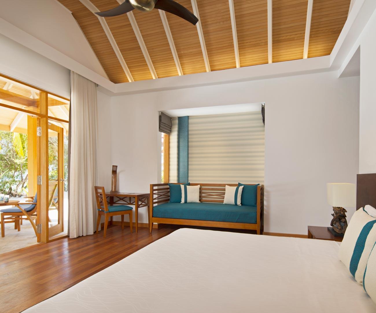 Kurumba Maldives Beachfront Deluxe Bungalow